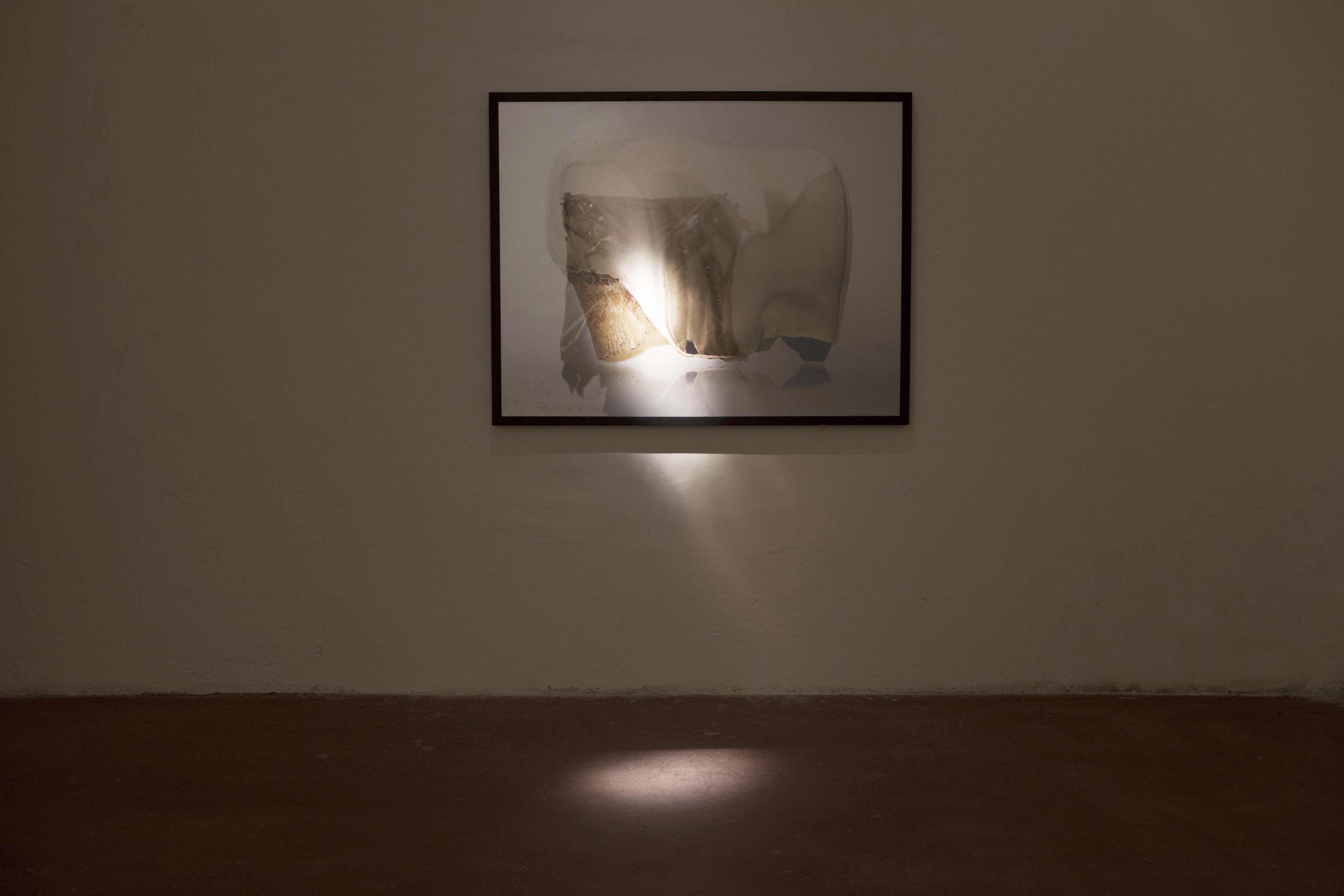 E. Axelrad, Is it safe, lambda dibond, 2012