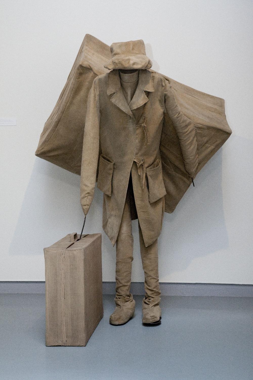 Tadeusz Kantor, Edgar Warpoł - Człowiek z walizkami, 1967