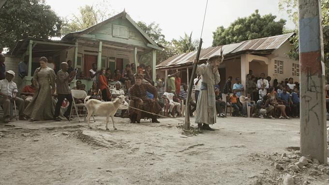 """C.T. Jasper, Joanna Malinowska, Halka/Haiti. 18°48'05""""N 72°23'01""""W, © C.T. Jasper, Joanna Malinowska"""