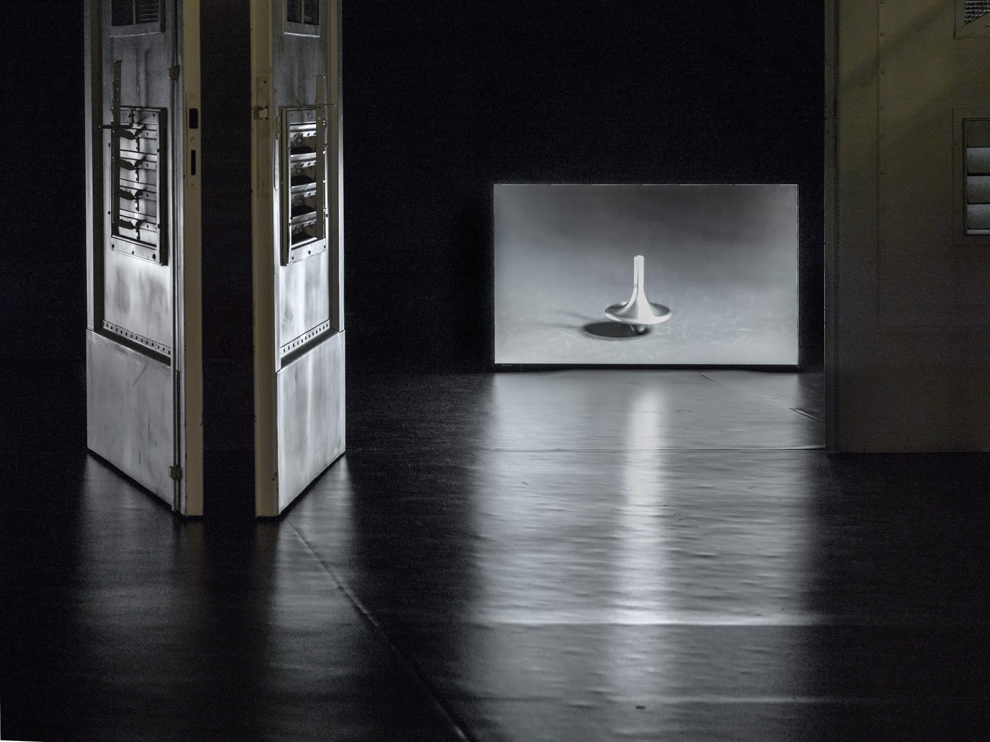 Alicja Kwade, Kreisel (Inception), 2012, fot.Kamil Macioł