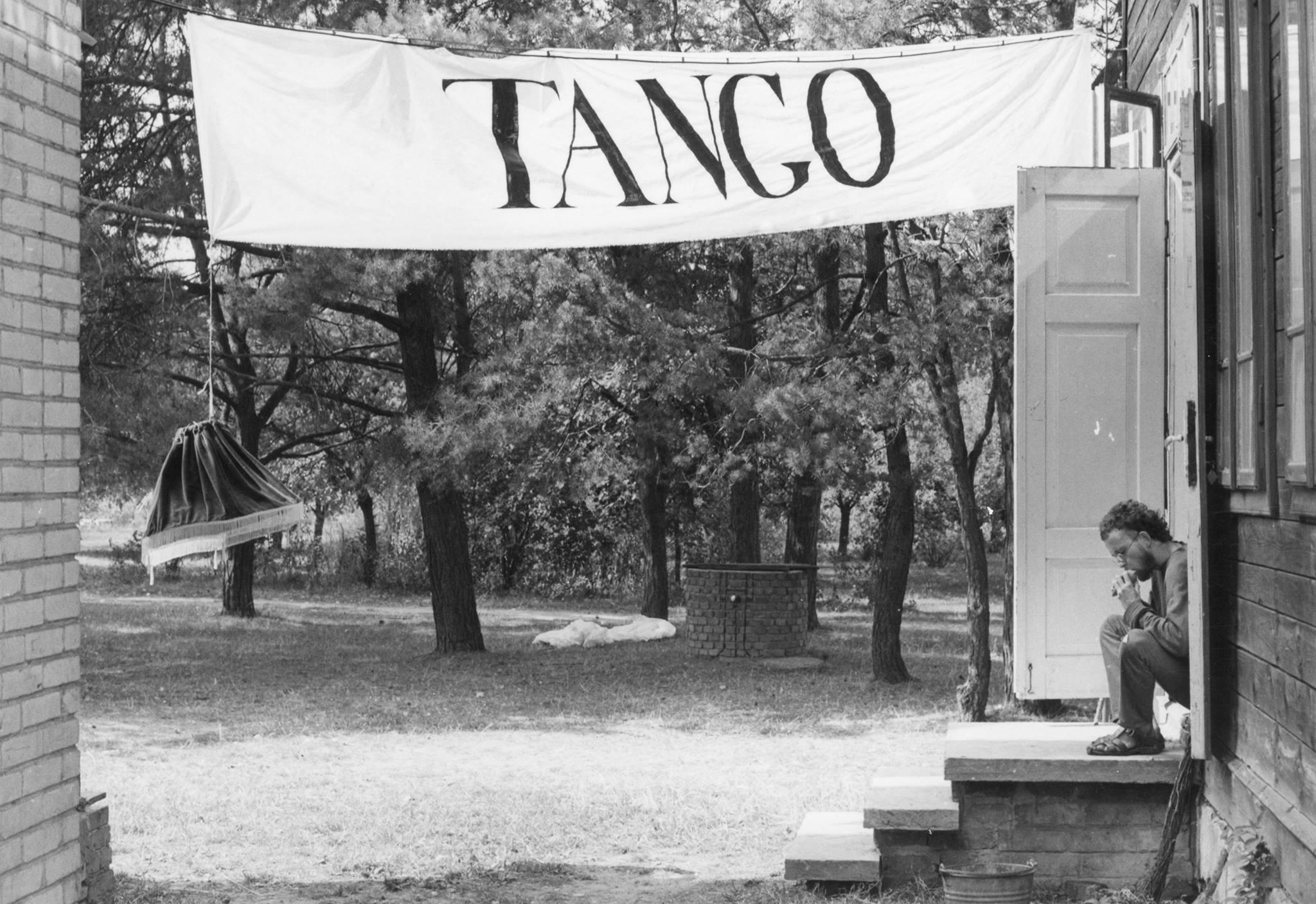 """fot. Andrzej Świetlik, """"Tango"""" wTeofilowie, 1983"""