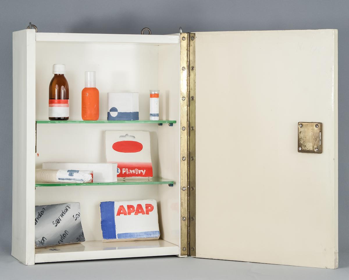 Wilhelm Sasnal, bez tytułu, 2000, obiekt, 46,5 × 16 × 32 cm, Kolekcja MOCAK-u