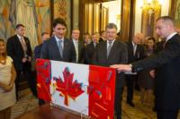 President Poroshenko presents 'Malevich-style' Canadian flag to Justin Trudeau