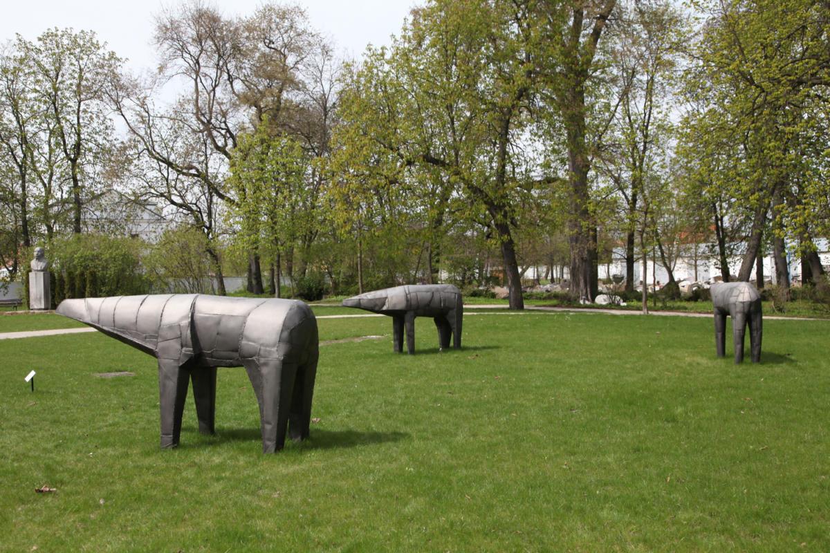 """""""5 ton rzeźby wOrońsku"""""""