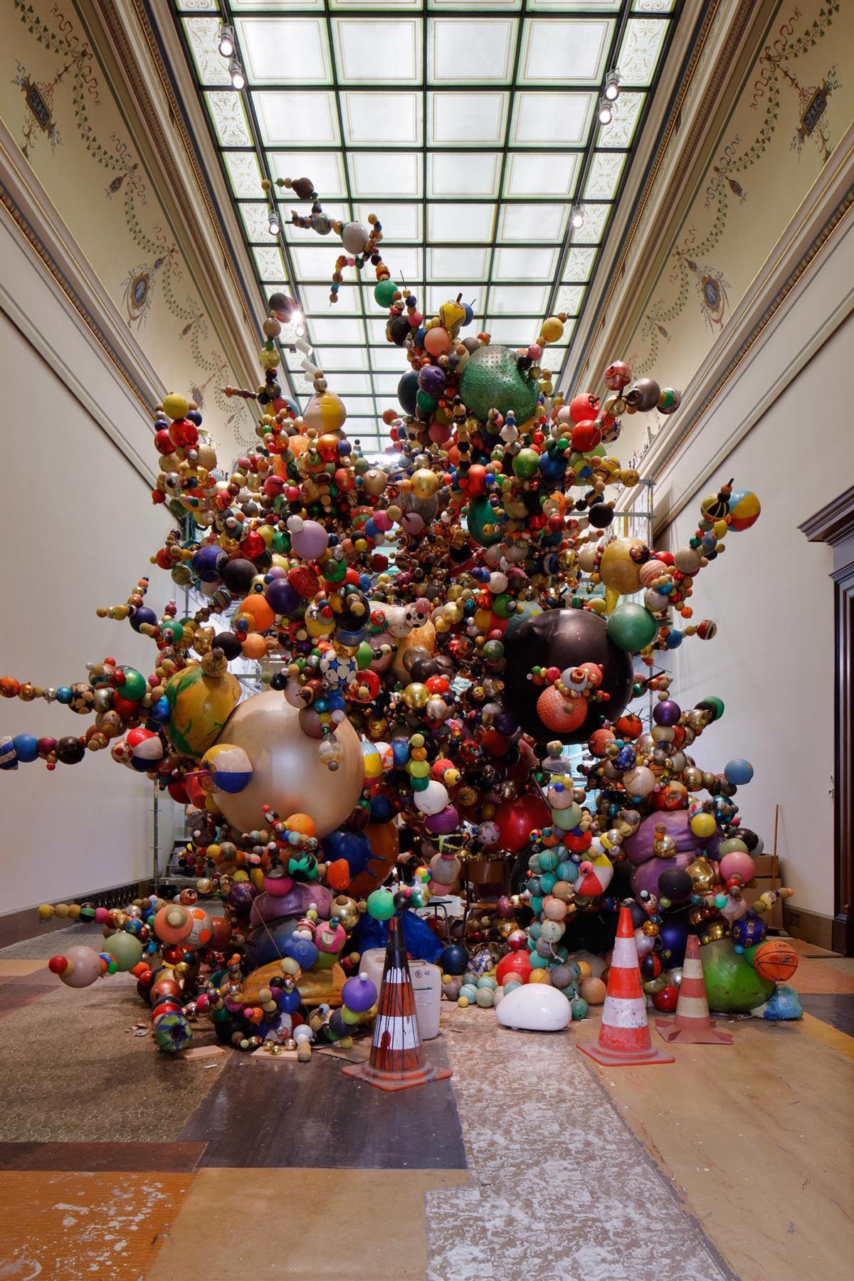 """Nervous Trees"" byKrištof Kintera at the Galerie Rudolfinum [ENG/CZ]"