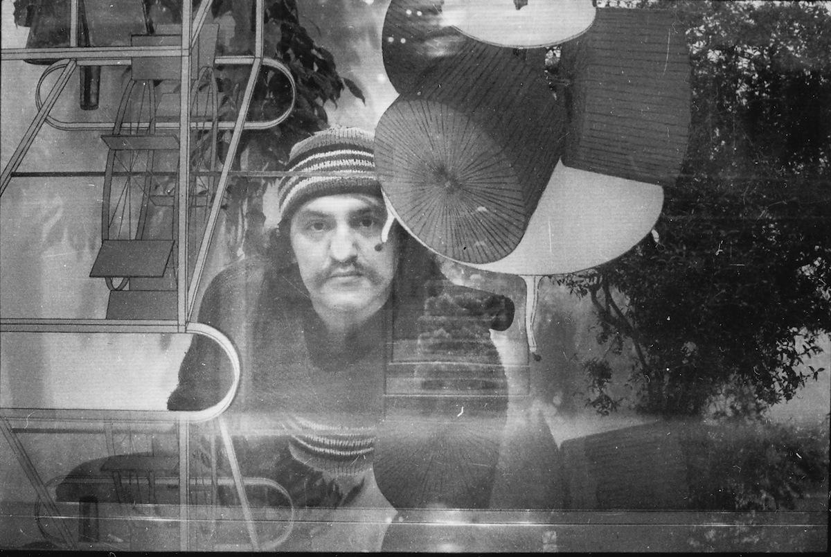 Nos rozpłaszczony naWielkiej Szybie Duchampa, fotografia, 1986