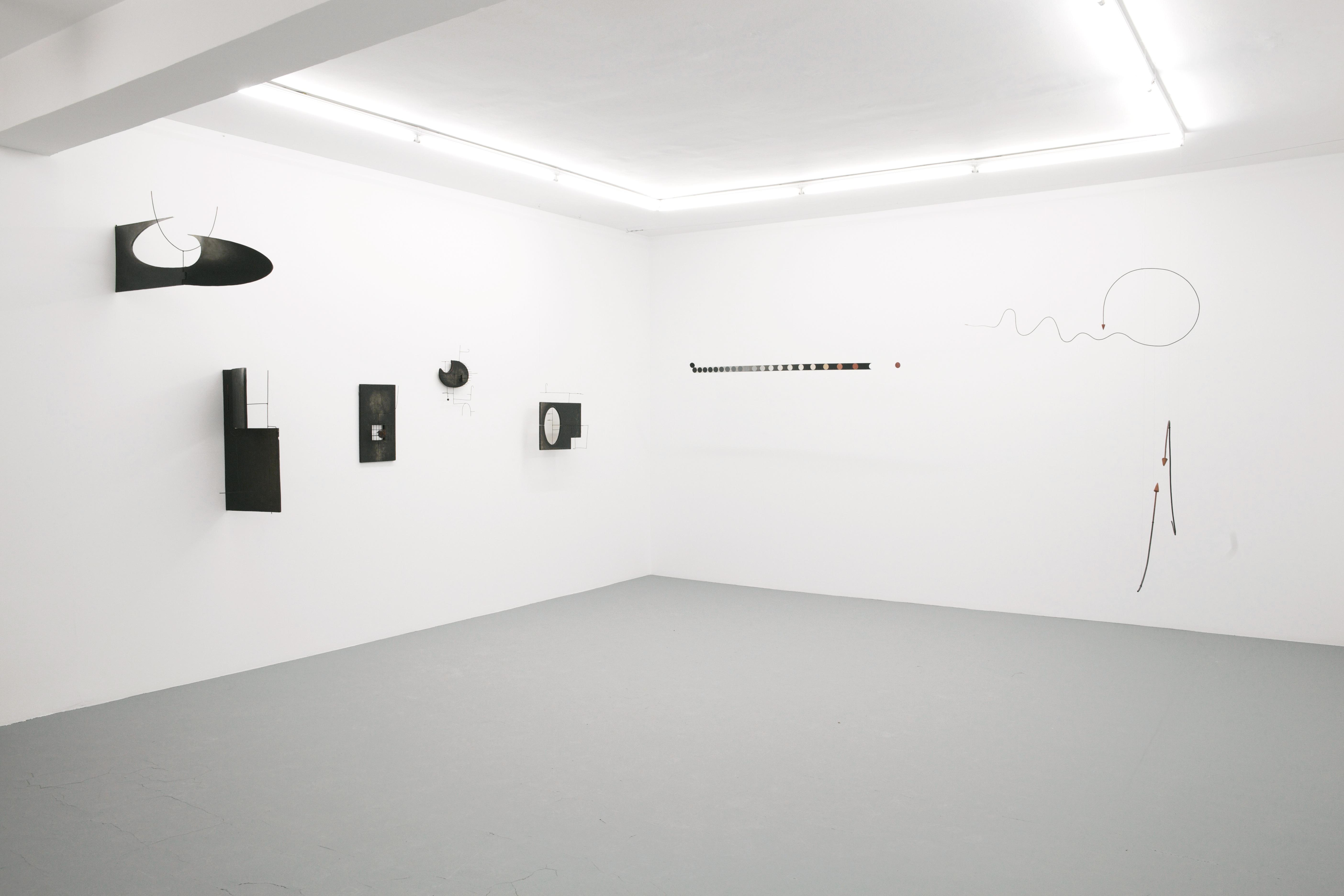 """Wystawa, Edward Krasiński """"B"""", 2013, fot.Fundacja Galerii Foksal"""
