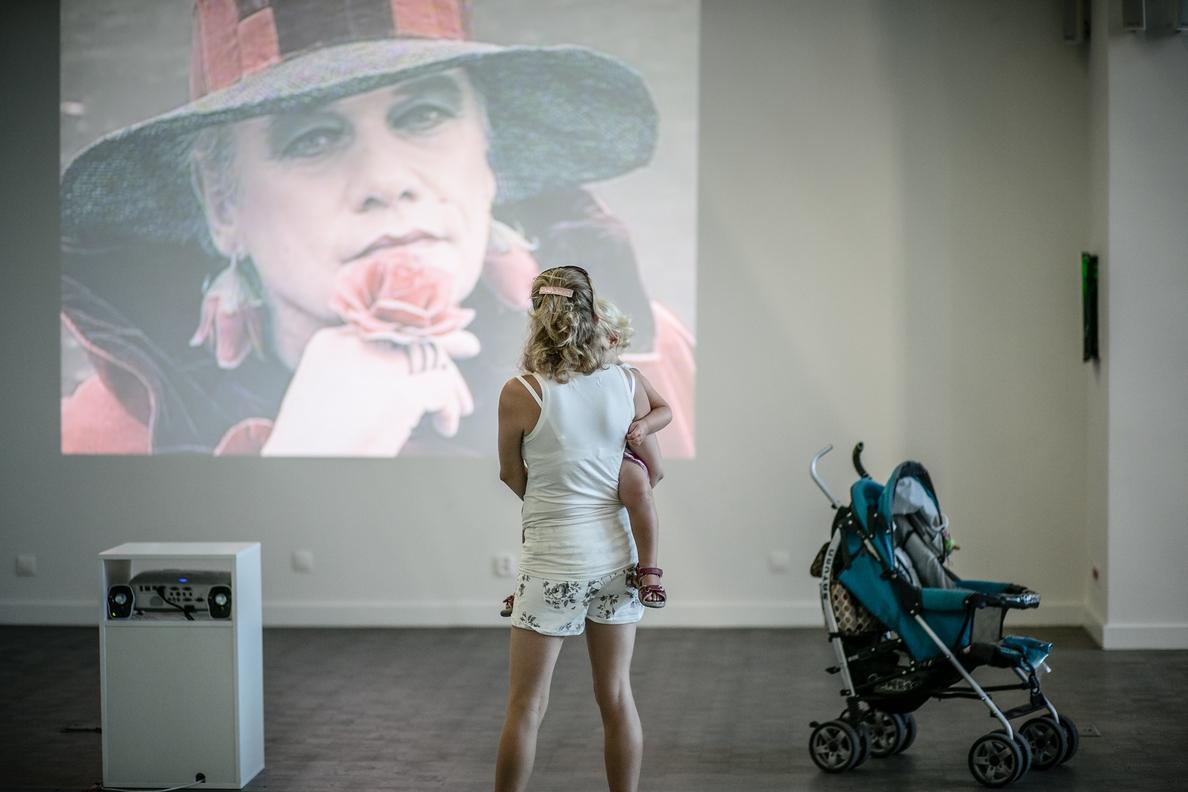 """widok napracę """"Portret artysty jako Rose Selavy"""" (1997), Trafostacja Sztuki, fot.Adam Słomski"""