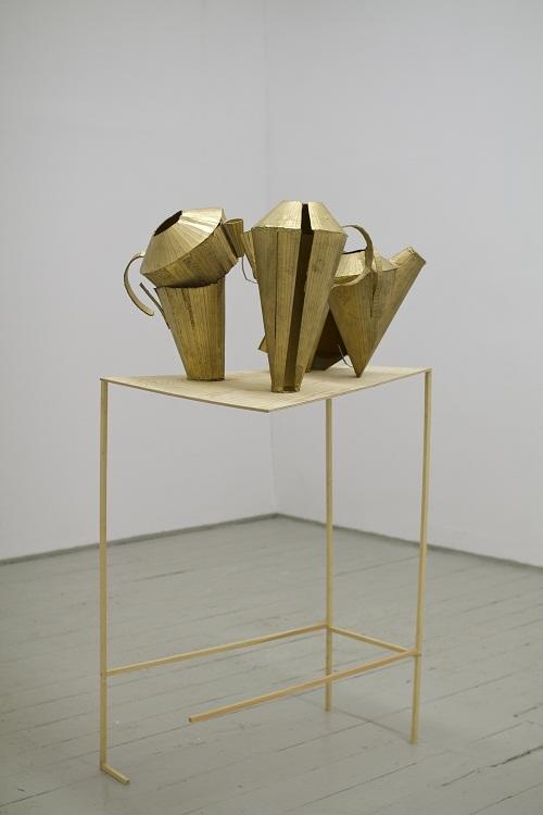 Kubistyczna kompozycja zdzbankiem, 2011, źródło: