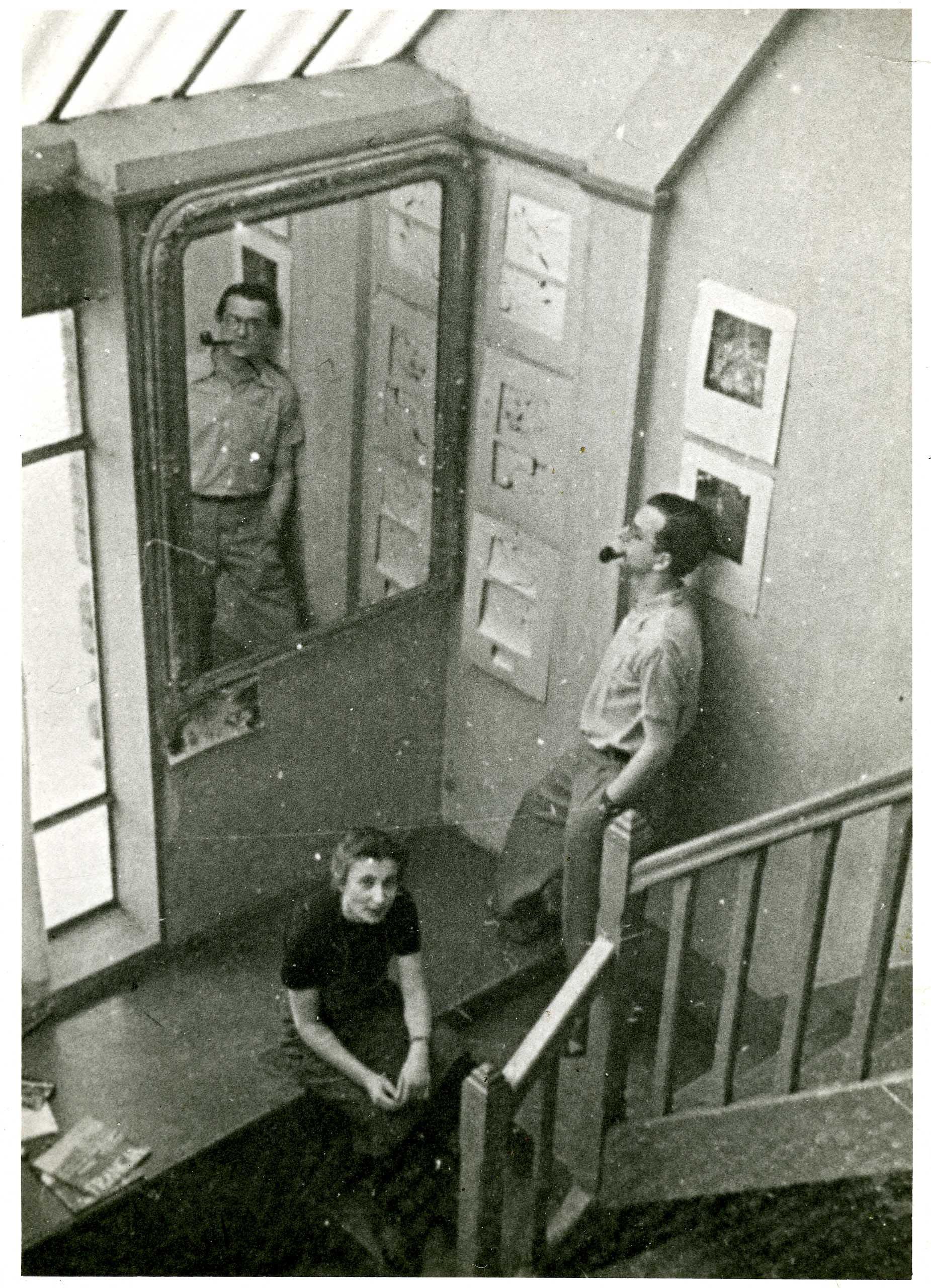 Franciszka iStefan wswoim studio, Paryż, 1938