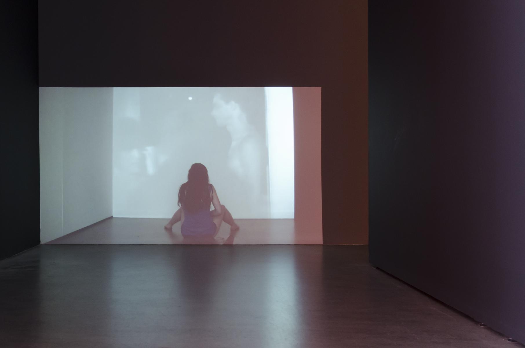 Liliana Piskorska, Robie sobie dobrze Sztuką (dokładnie jedną sztuką arbuza), 2012, wideoperformans.