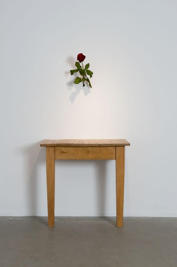 Stůl arůže / Stół iróża, (2008). Dzięki uprzejmości artysty