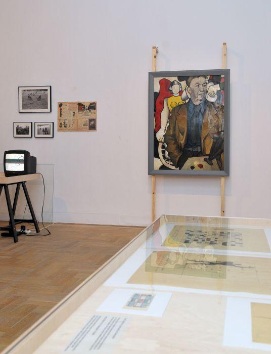 Mapa. Migracje artystyczne azimna wojna, widok wystawy, Zachęta —Narodowa Galeria Sztuki, 2013
