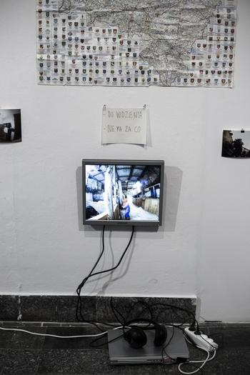 Honorata Martin, Wyjście wPolskę, dokumentacja akcji 2013 (arch. BWA Wrocław)