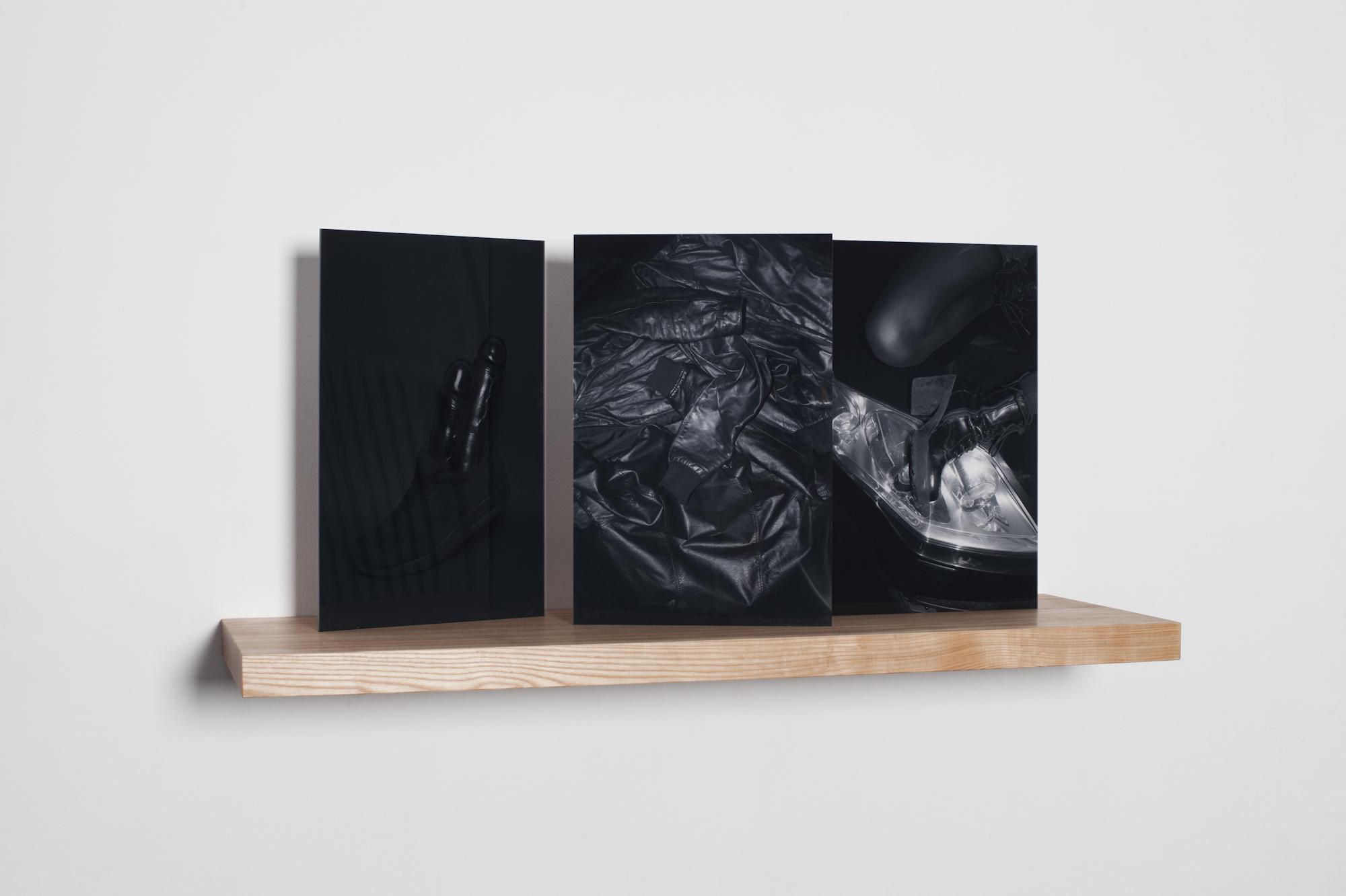 """""""półka ztrzema czarnymi zdjęciami"""", 2013-14, 3 x 30x45 cm"""