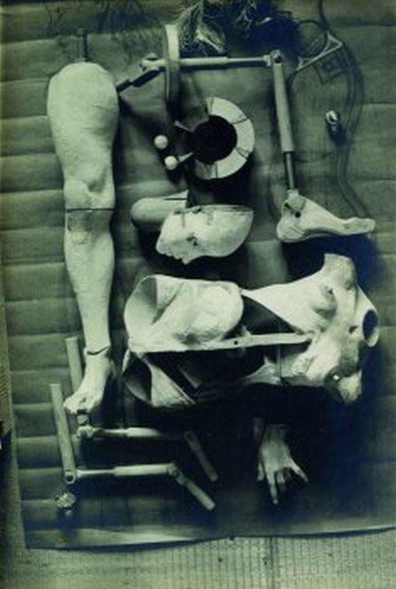 H. Bellmer, Die Puppe, 1934