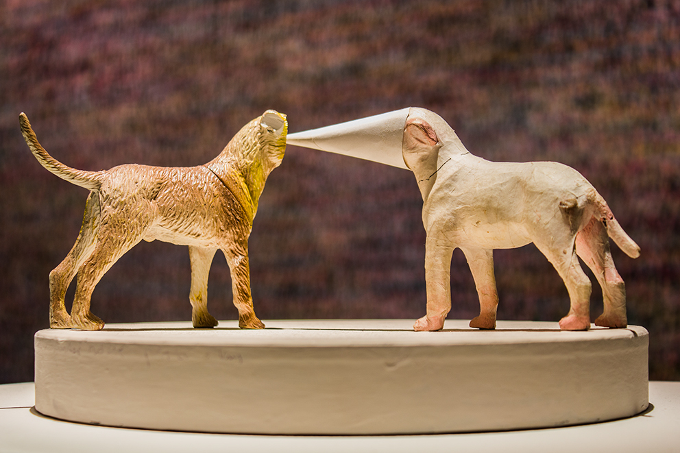 Sławomir Belina, Beztytułu, rzeźba (plastik, papier, guma), 2014