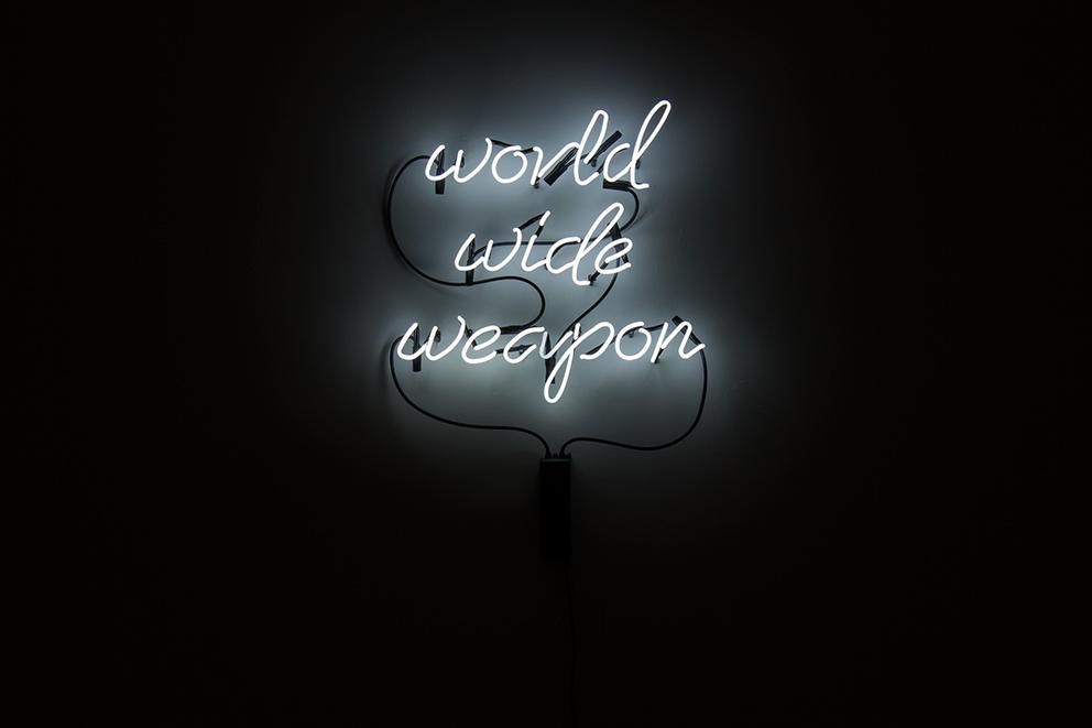 """Kurt von Bley, """"www"""", neon, 2014"""