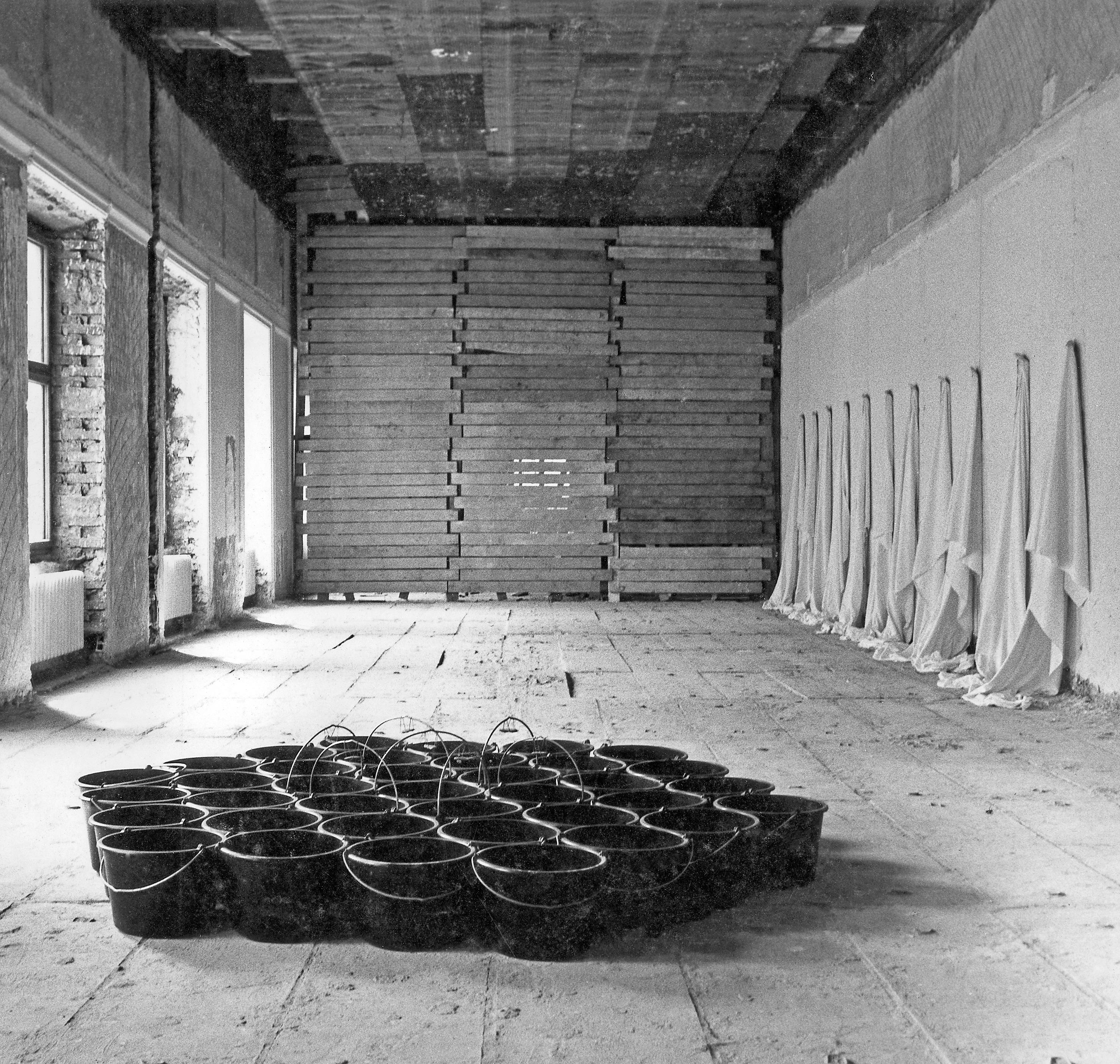 """Himar Boehle (Niemcy), Wystawa """"Kręgi Wschodniej"""" wCSW Zamek Ujazdowski, 1991"""