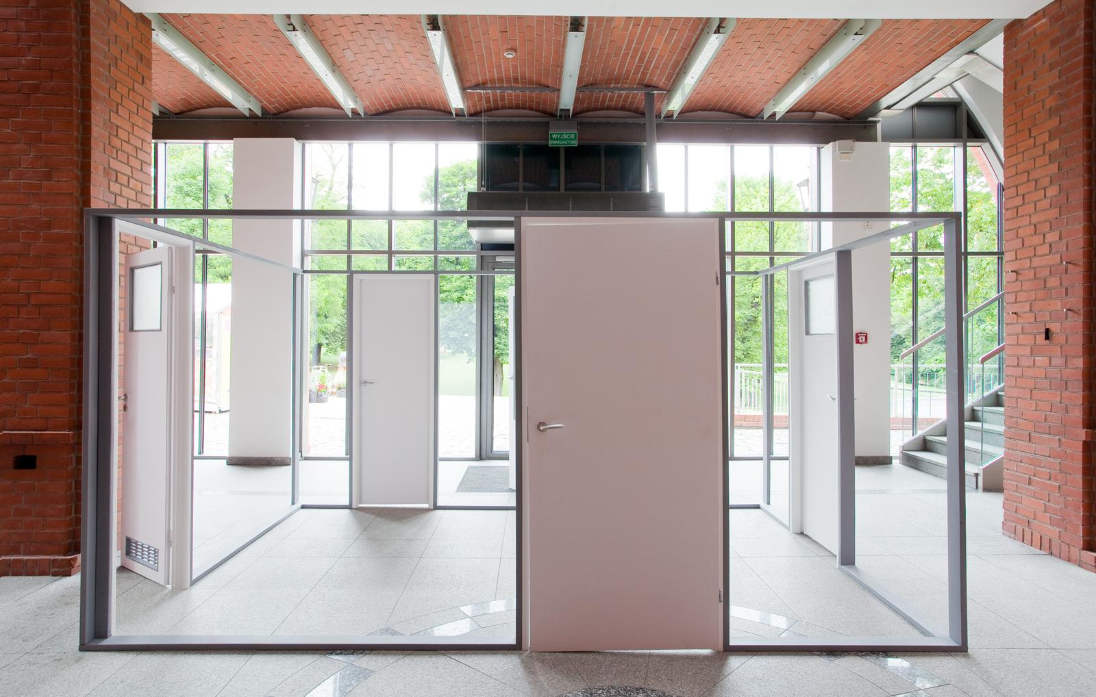 """""""Instalatorzy"""", Art Stations Foundation, widok nawystawę"""