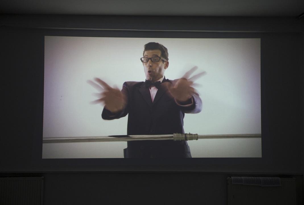 """Shahar Marcus """"The Curator"""" (2011, 4' 35"""")"""