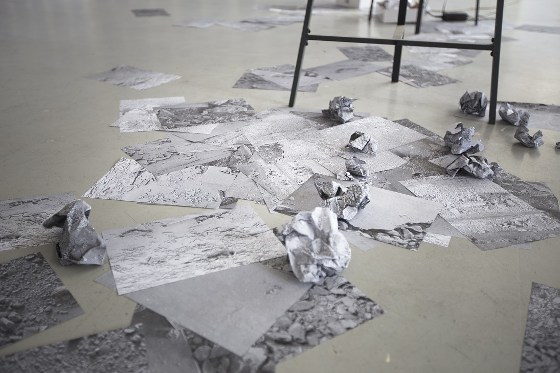 "Piotr Bujak + Stephanie Syjuco ""Dirty work (Ruins / Reproductions / Revisions)"""
