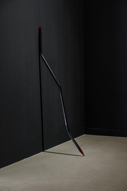 """Patrick Hamilton, """"Chuzo"""", 2012–2014, instalacja"""