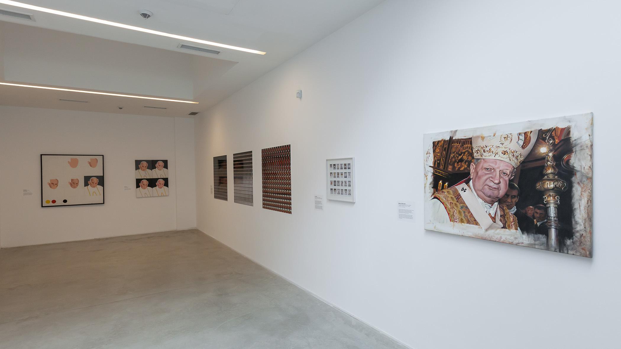 """""""Papieże"""", Muzeum Sztuki Współczesnej wKrakowie, 2014"""
