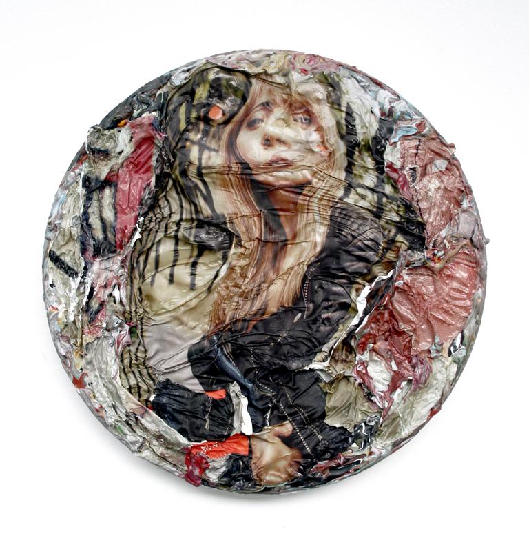 31. Portret, akryl, plastikowa reklamówka napłótnie 30x30 cm, 2014