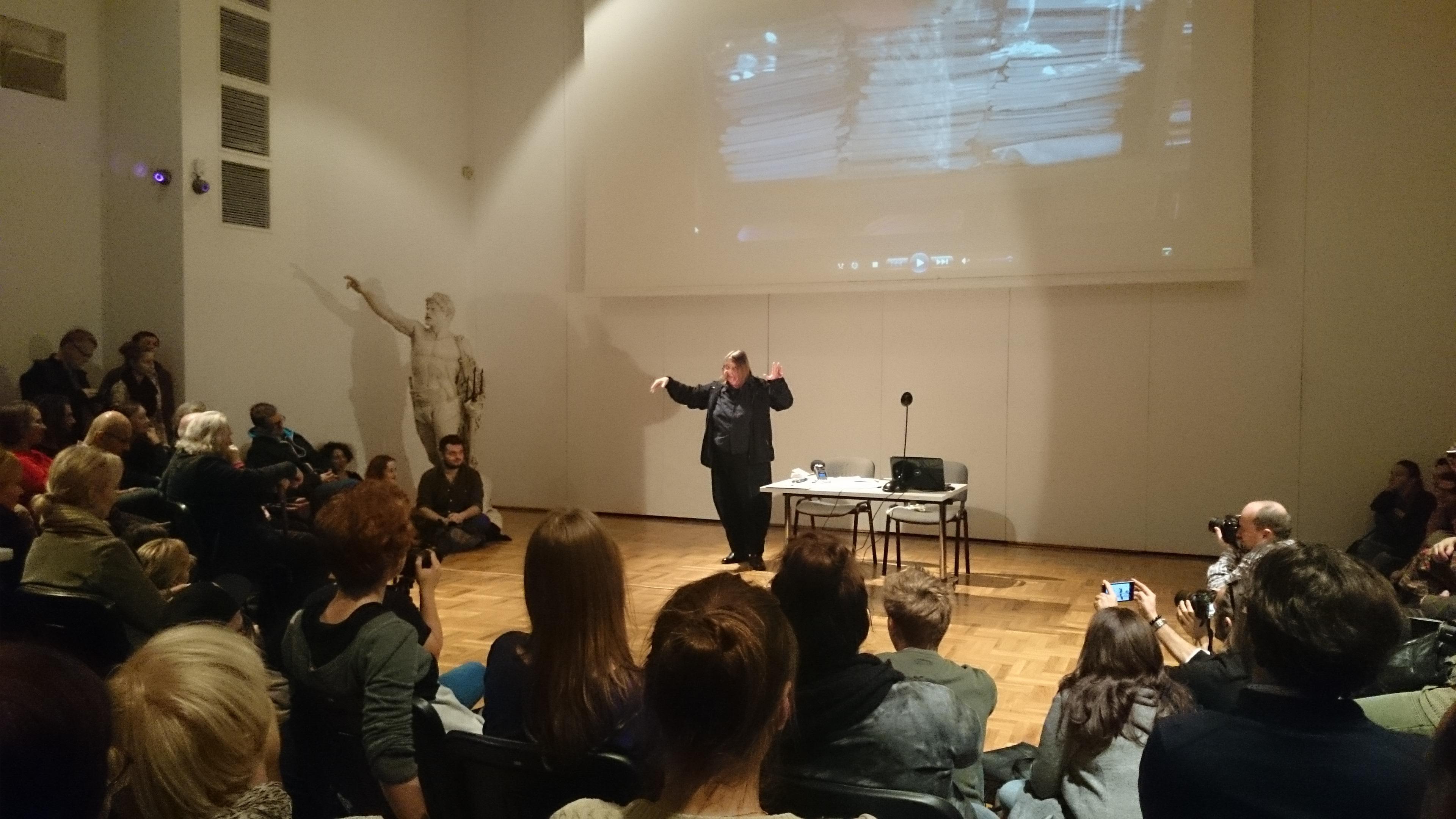 Performans Ewy Zarzyckiej, Zachęta, 8.11.2014