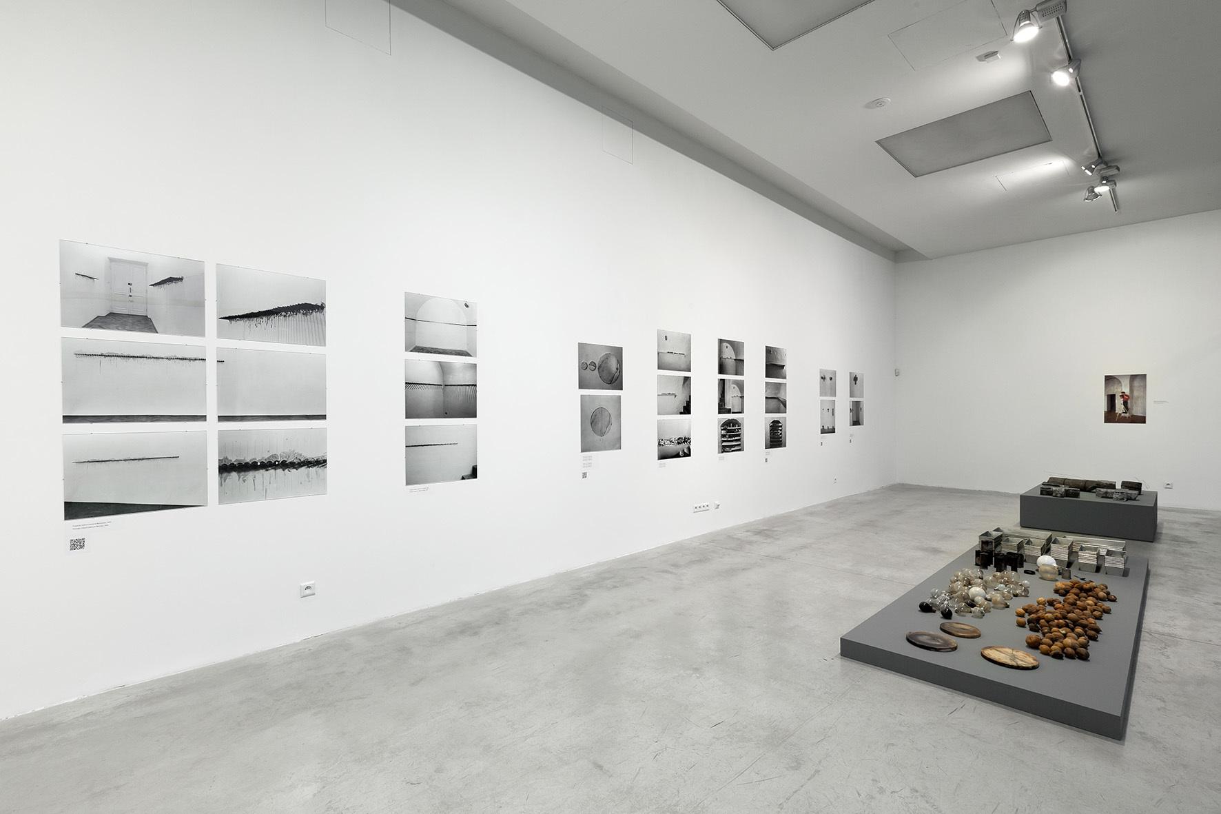 Mikołaj Smoczyński, Przedmiot, przestrzeń, fotografia, Muzeum Sztuki Współczesnej wKrakowie MOCAK