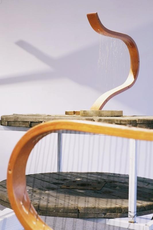 Abraham Cruzvillegas,  Autodestrucción6: Chichimecachubo: Matzerath@S13, 2014, detal, Gdańska Galeria Miejska