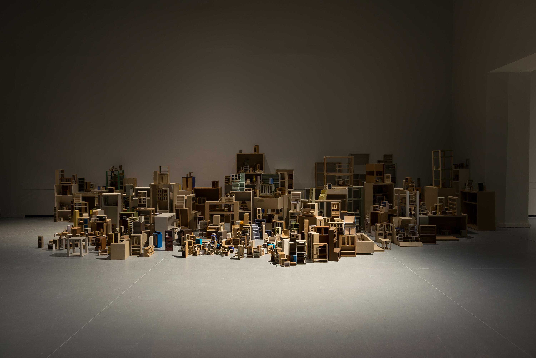 Katarzyna Józefowicz, habitat, 1992-1996, technika własna, papier, wymiary zmienne, dzięki uprzejmości Galerii Arsenał wBiałymstoku