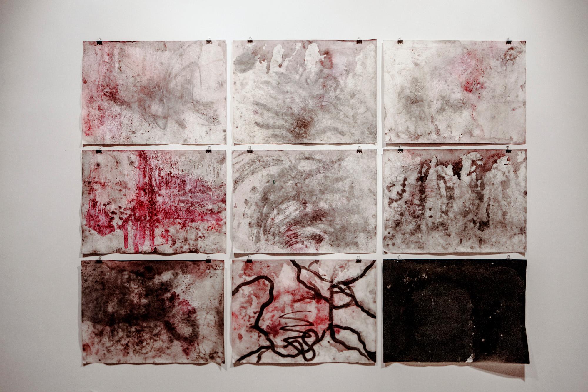Malując, Artur Żmiejewski igrupa kobiet zaresztu śledczego