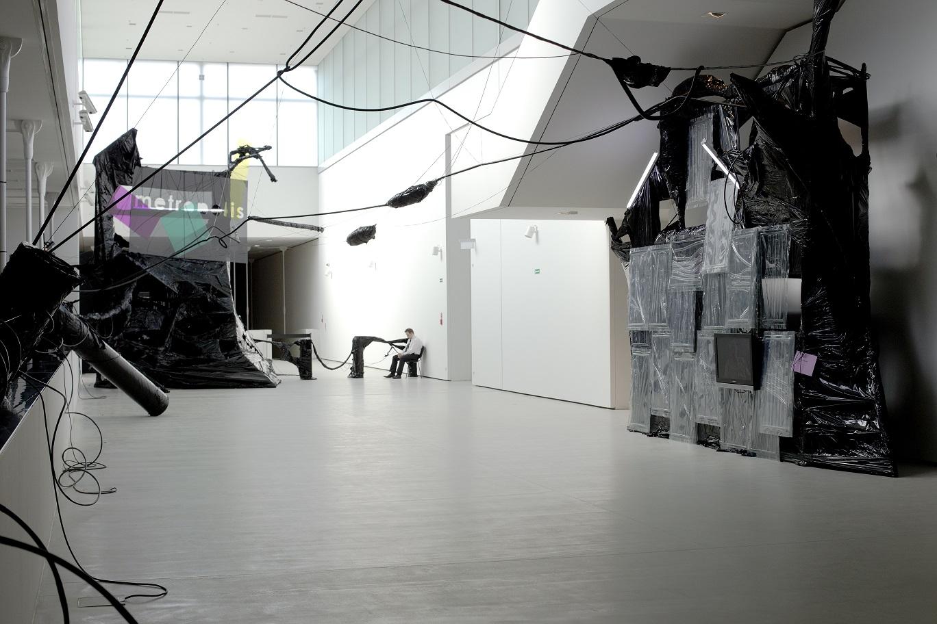 Łukasz Błażejewski Projekt Metropolis 2.0 - Black Fantasy, PROJEKT METROPOLIS - wystawa finałowa, Muzeum Śląskie wKatowicach, scenografia Łukasz Błażejewski