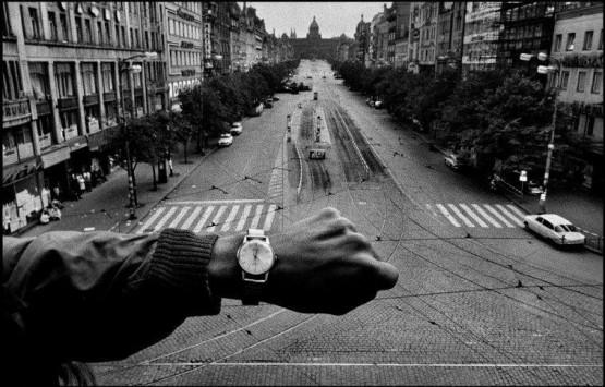 Josef Koudelka, Inwazja wojsk Układu Warszawskiego. Praga, Czechosłowacja. Sierpień 1968