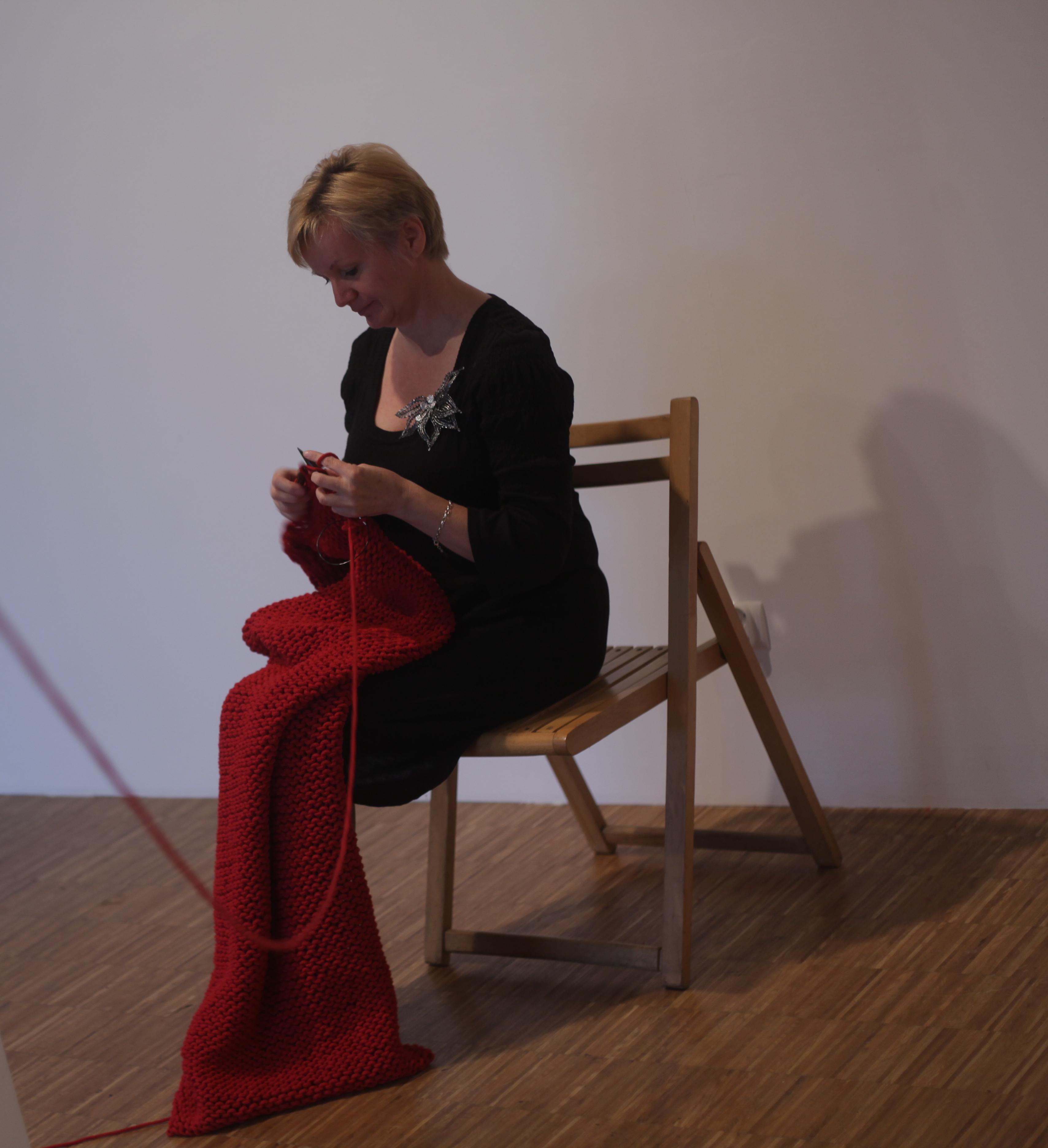 Cadu, Kloto, 2015; Performance zudziałem Ewy iMałgorzaty Szpili