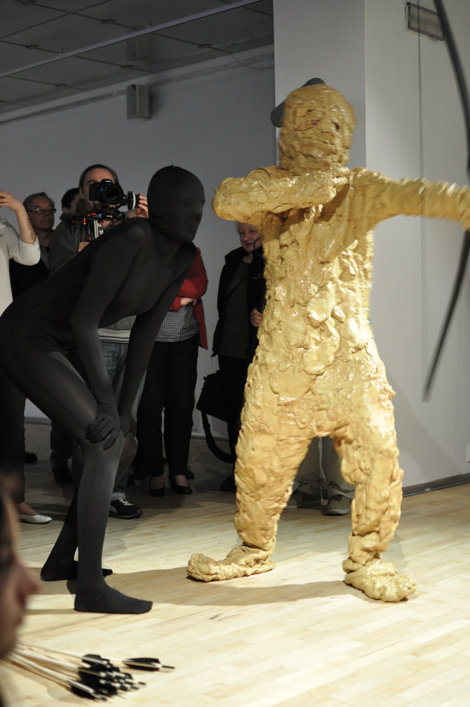 Performance towarzyszący otwarciu wystawy Défaitisme