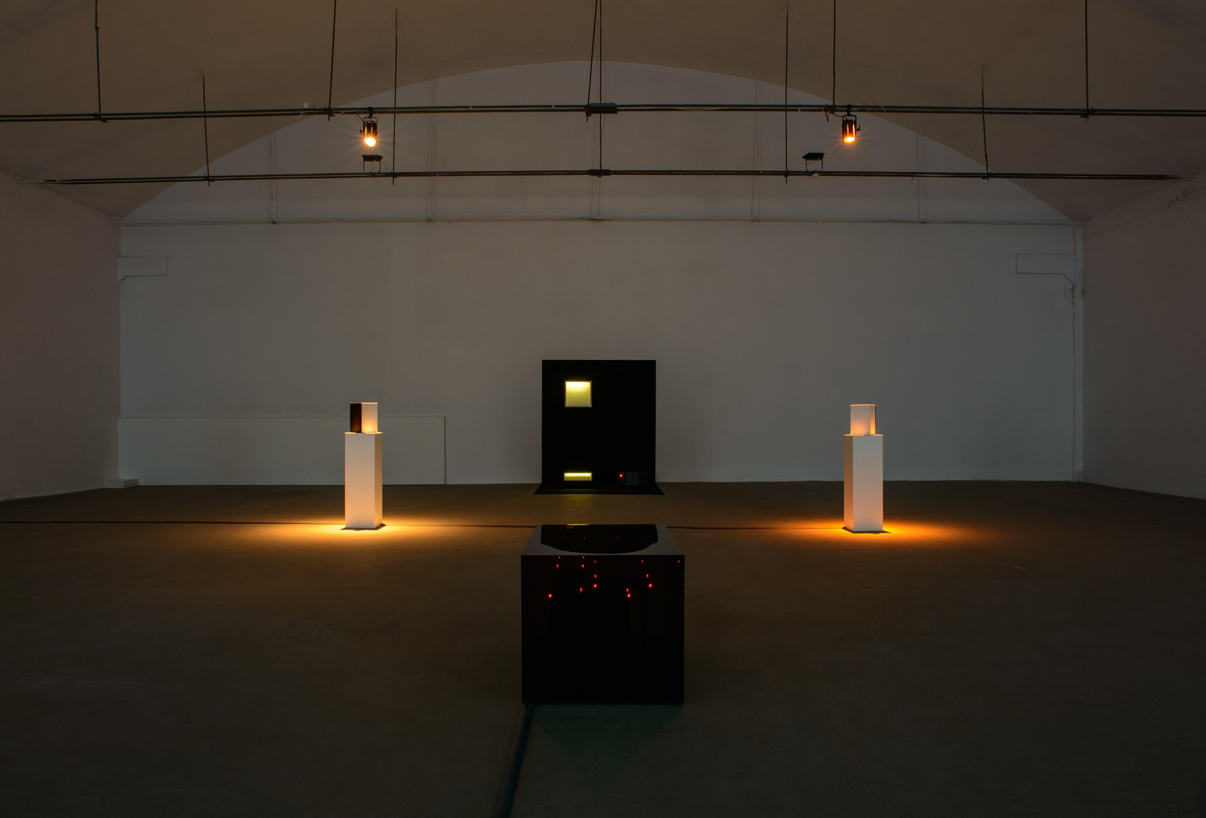 Wojciech Bąkowski, Ból jest gdzieś wpokoju, widok wystawy