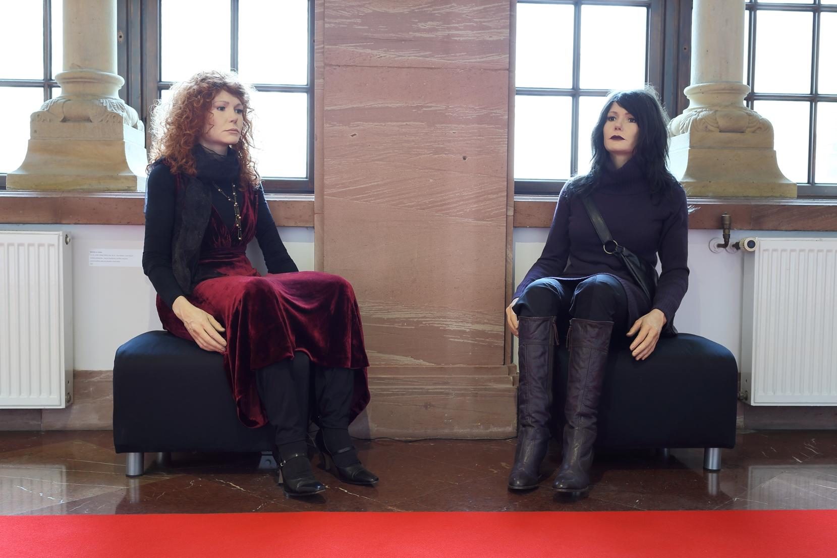 Mathilde ter Heijne, F.F.A.L. (FAKE FEMALE ARTIST LIFE)  #6, #7   Clare Abshire – Carla Vicenzi, 2007