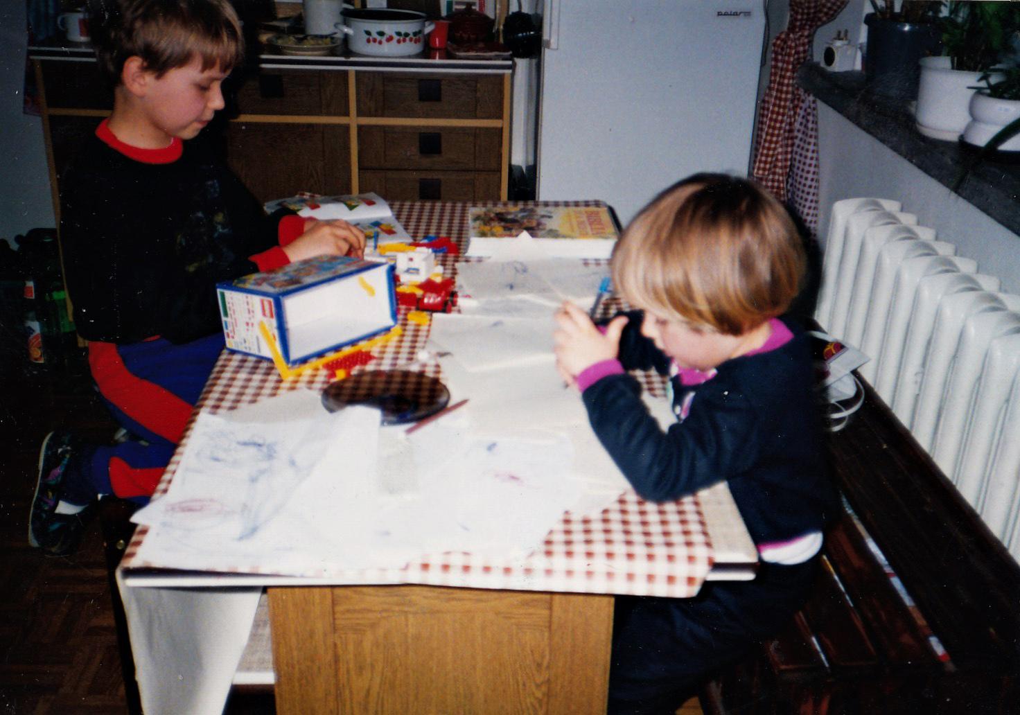 Kompulsywne zarysowywanie, 1993