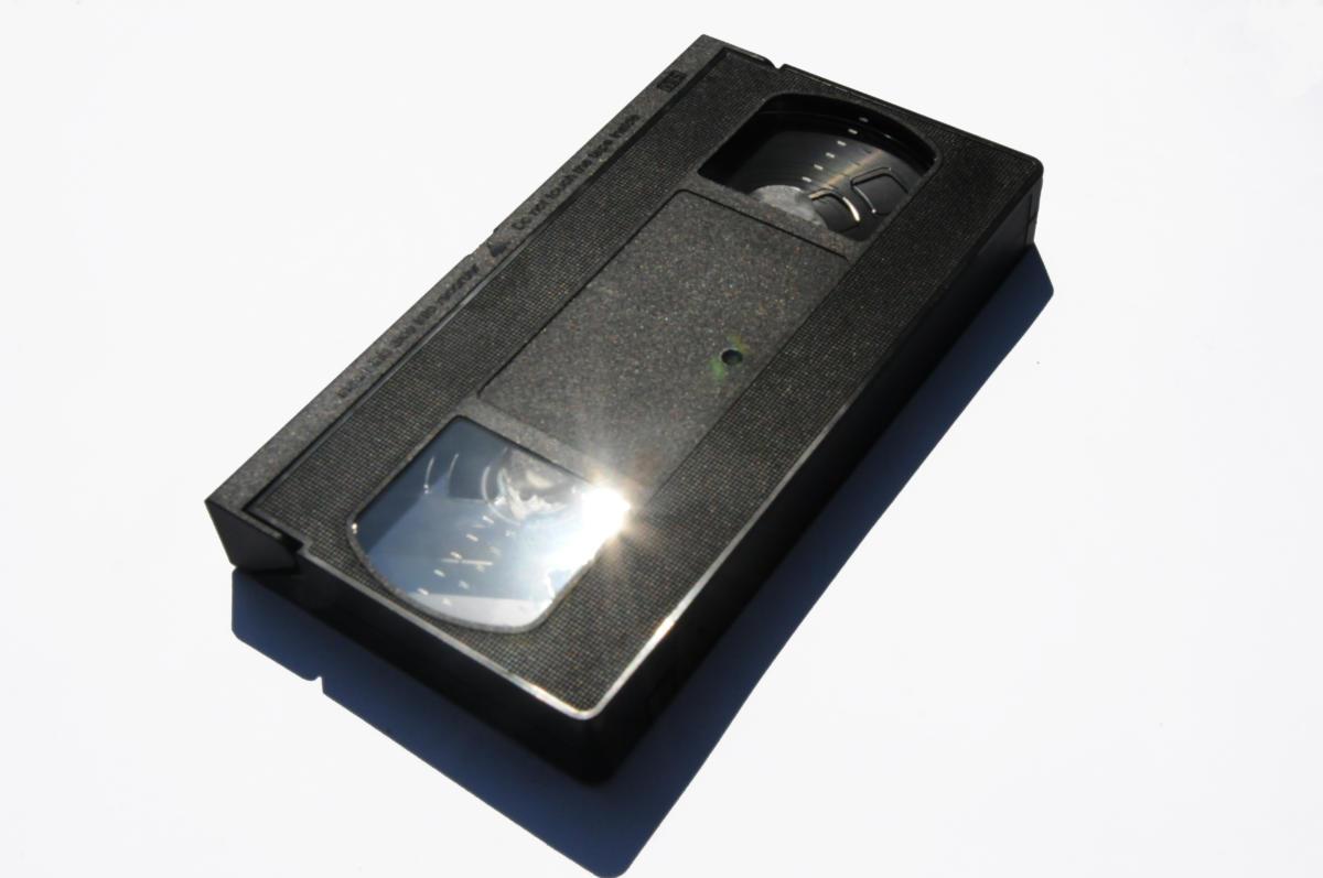 Jak sztuka krytyczna zniszczyła mi życie/ odc. 10: Ich te VHS-y. 1999