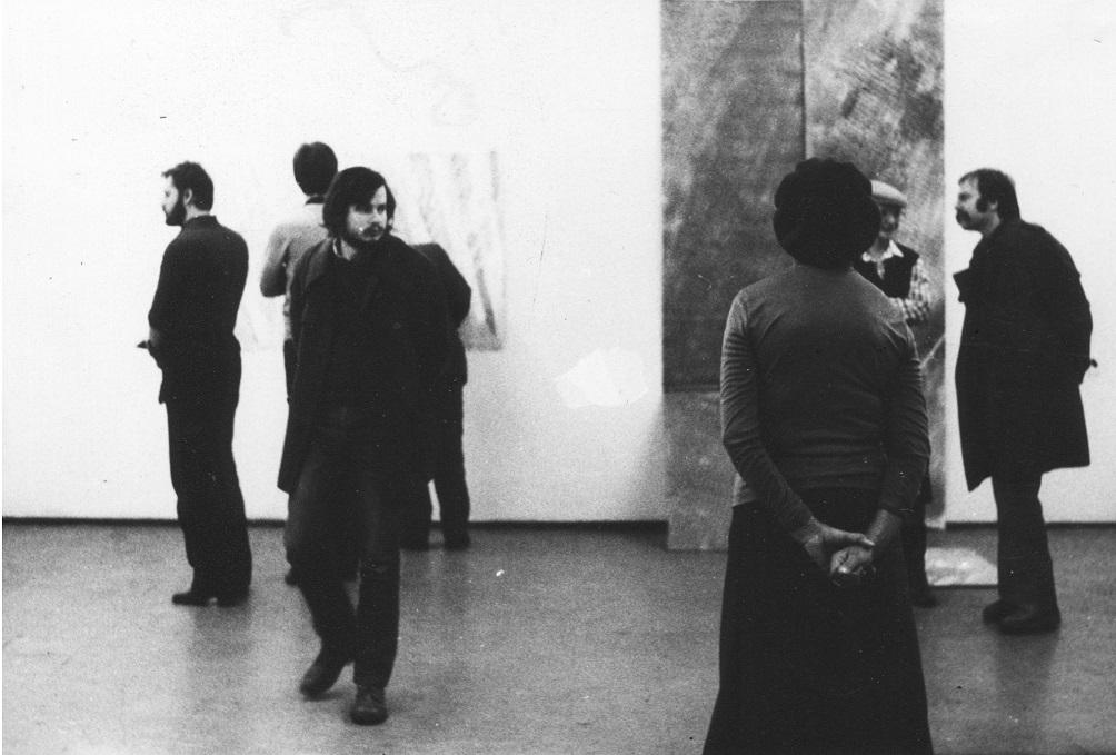 Piotr Piotrowski naotwarciu wystawy Kanal 2, Galeria Akumulatory 2, grudzień 1979