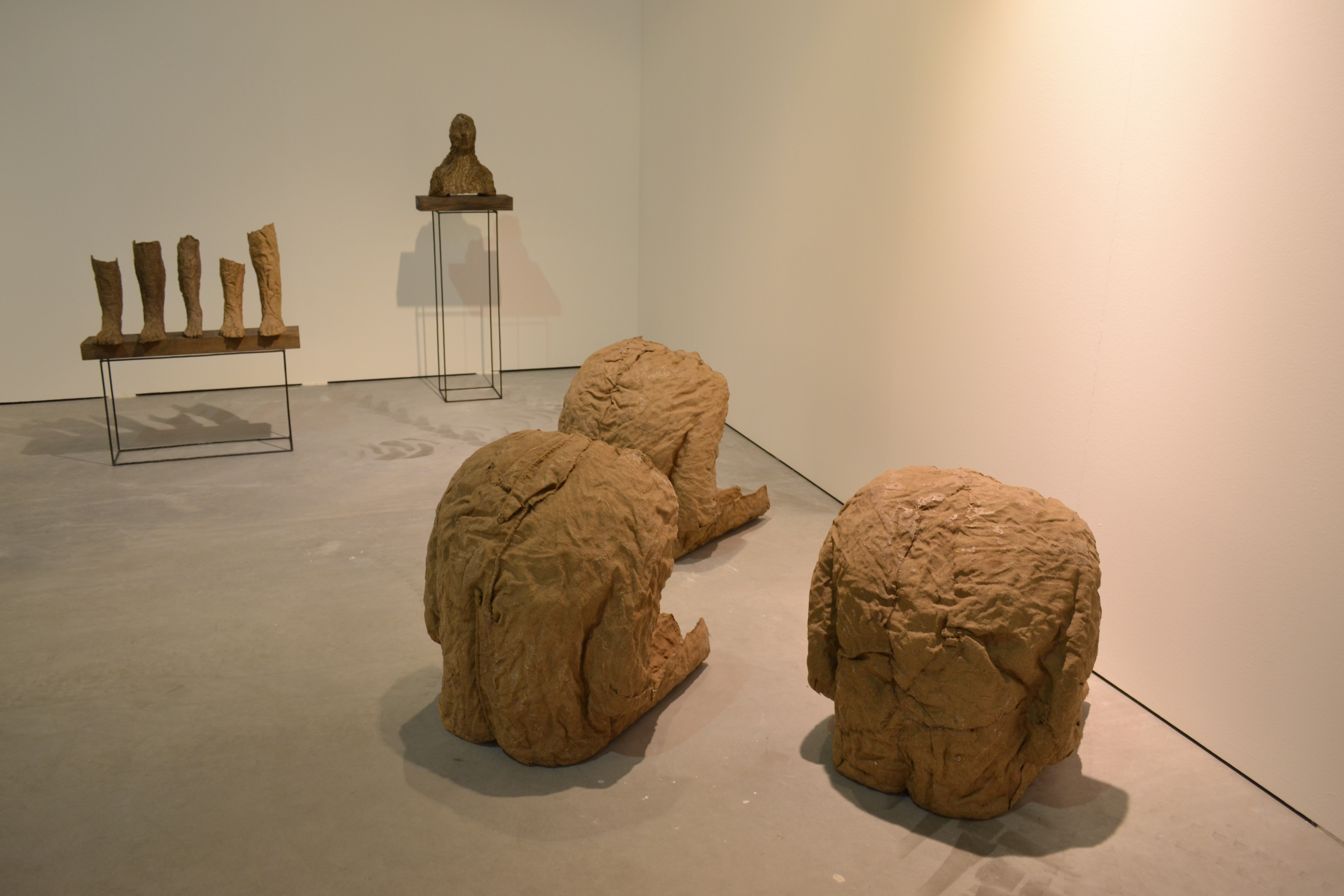 Galeria ŻAK BRANICKA, prace Magdaleny Abakanowicz