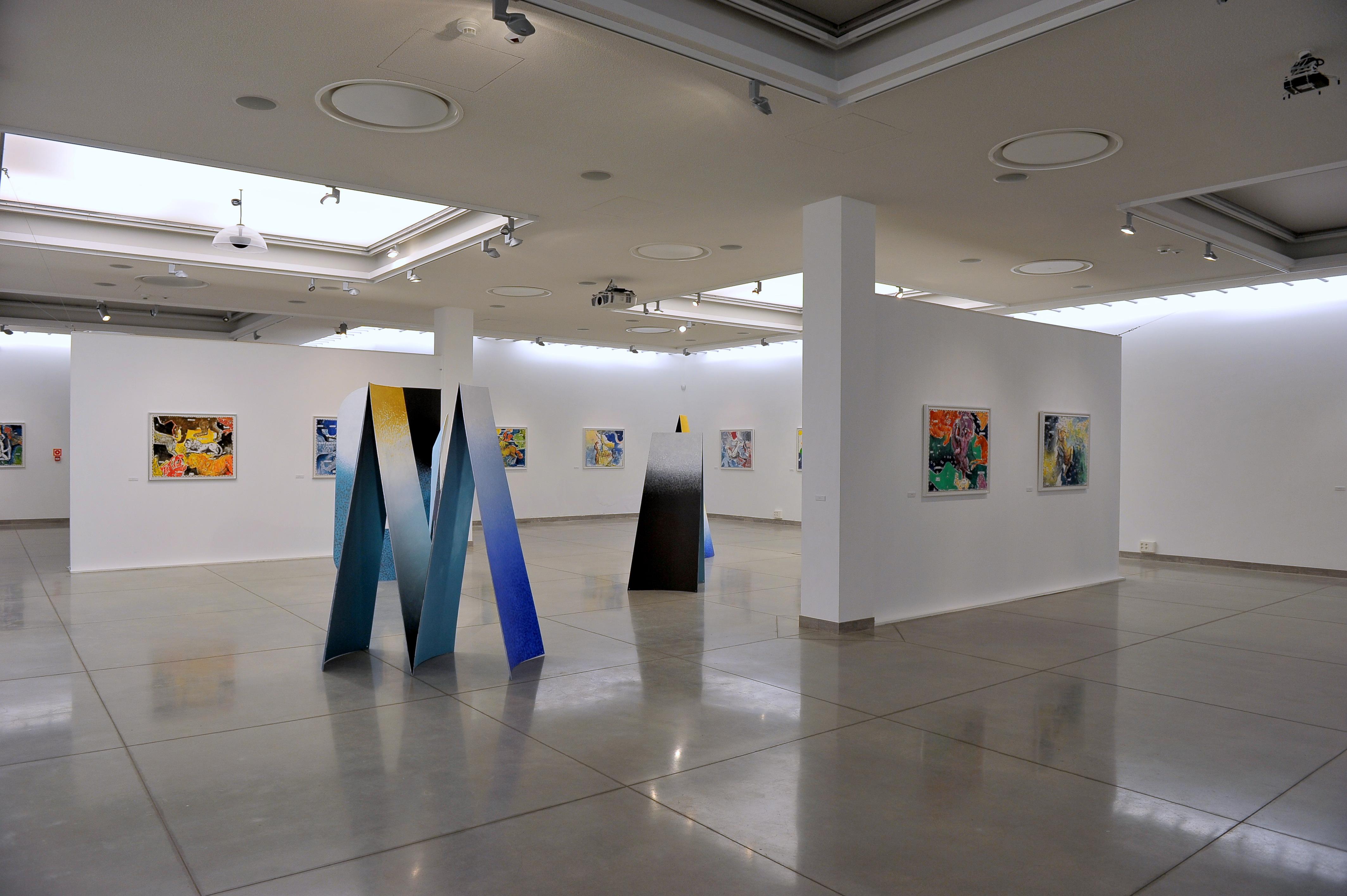 Wojciech Fangor. Heweliusz, widok wystawy, Państwowa Galeria Sztuki
