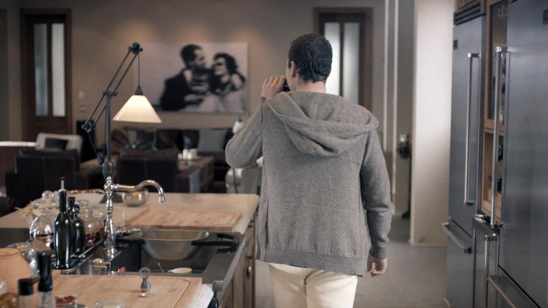 Assaf Gruber Stawanie sięobywatelem, kadr zfilmu, 2015