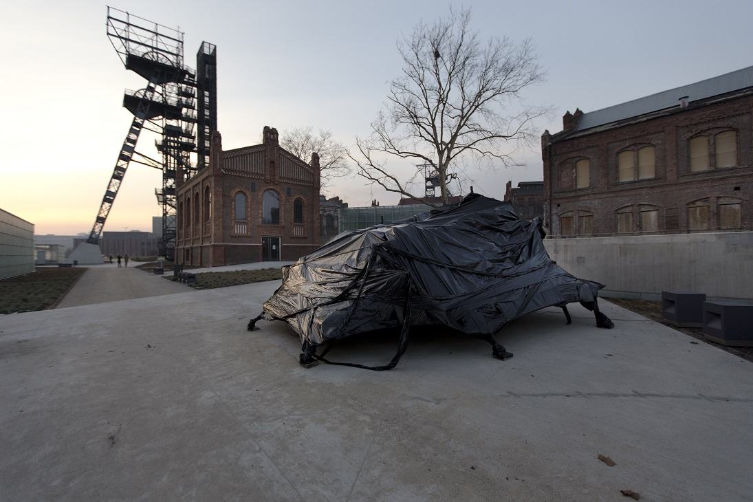 Łukasz Błażejewski, Projekt Metropolis 2.0 —Black Fantasy, ROJEKT METROPOLIS —wystawa finałowa, Muzeum Śląskie wKatowicach, scenografia Łukasz Błażejewski