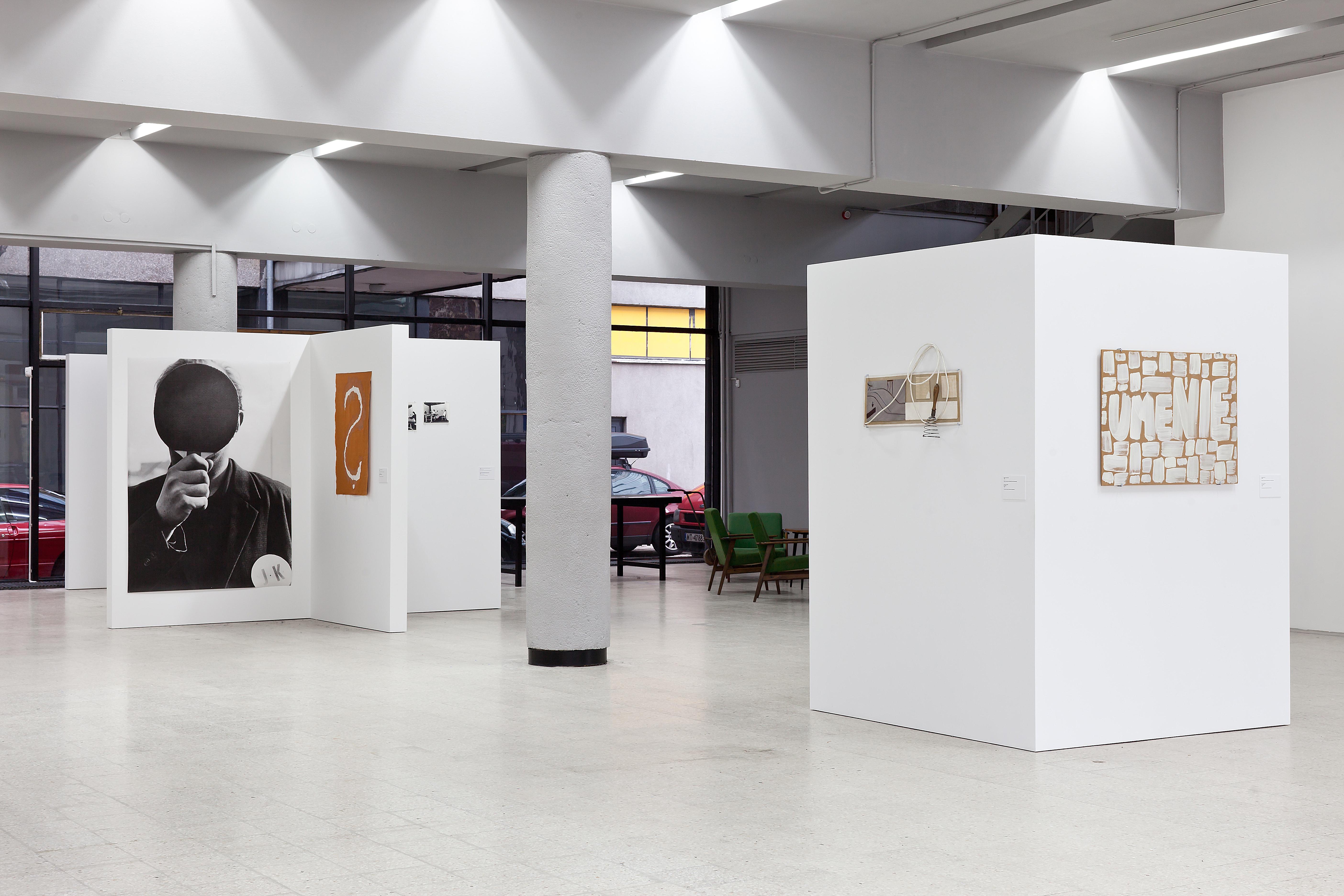 Július Koller, ?, widok wystawy