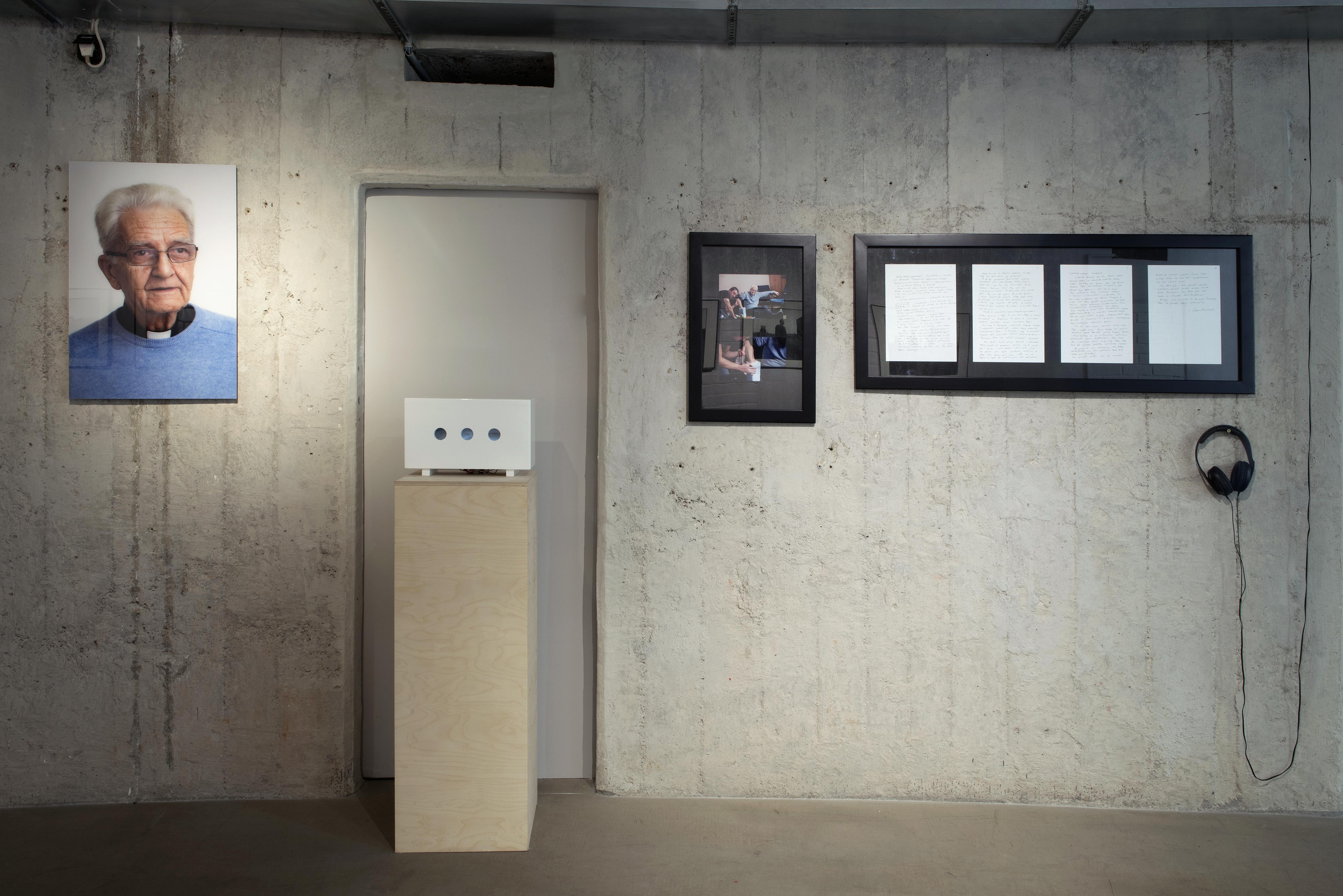 Tom Swoboda, Narysuj mi Boga (fragment), 2013, fot.Małgorzata Kujda, © Dolnośląskie Towarzystwo Zachęty Sztuk Pięknych, 2015.