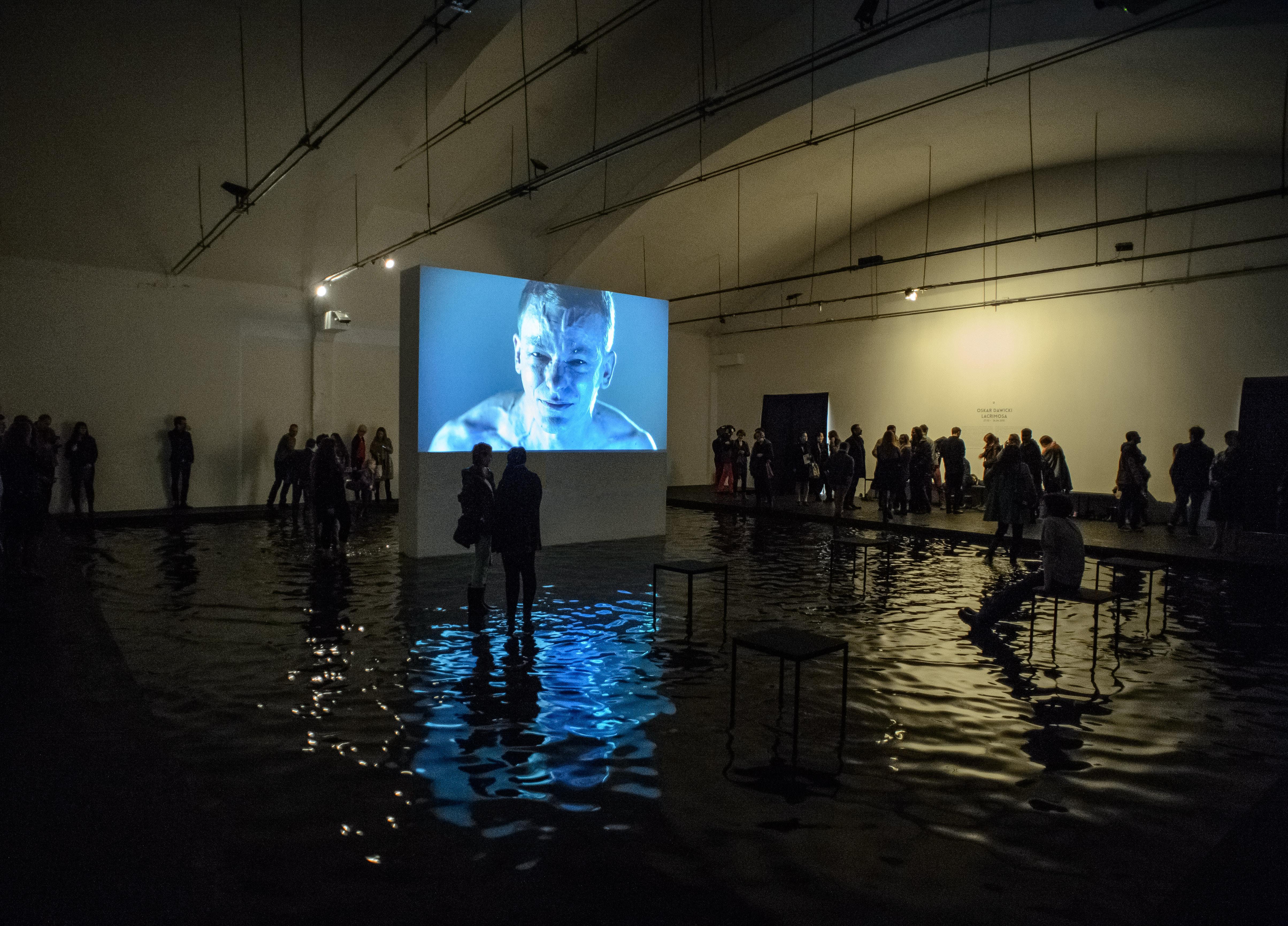 Oskar Dawicki, Lacrimosa, widok wystawy